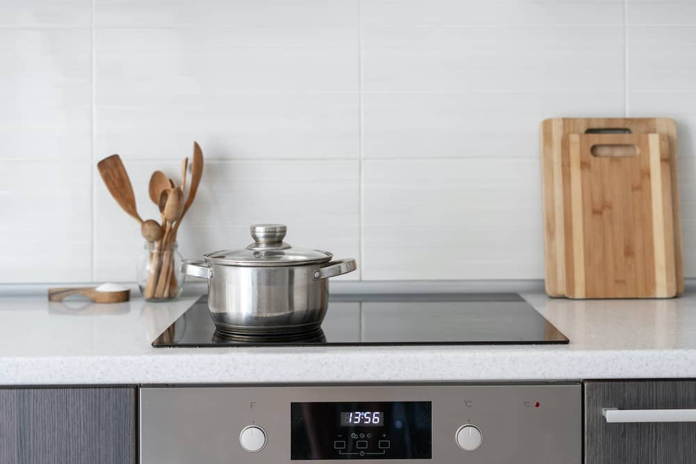 are all glass top stoves induction